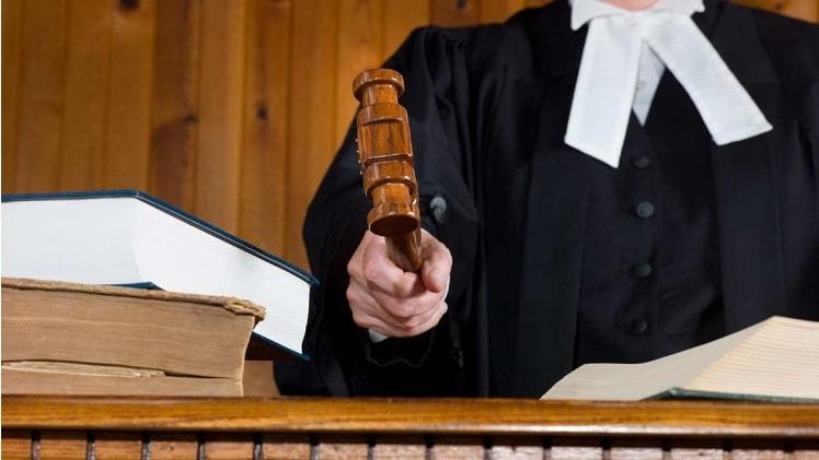 Как мы сняли арест с имущества однофамильца в суде